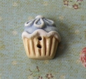 Picture of Blue Daisy Cup Cake